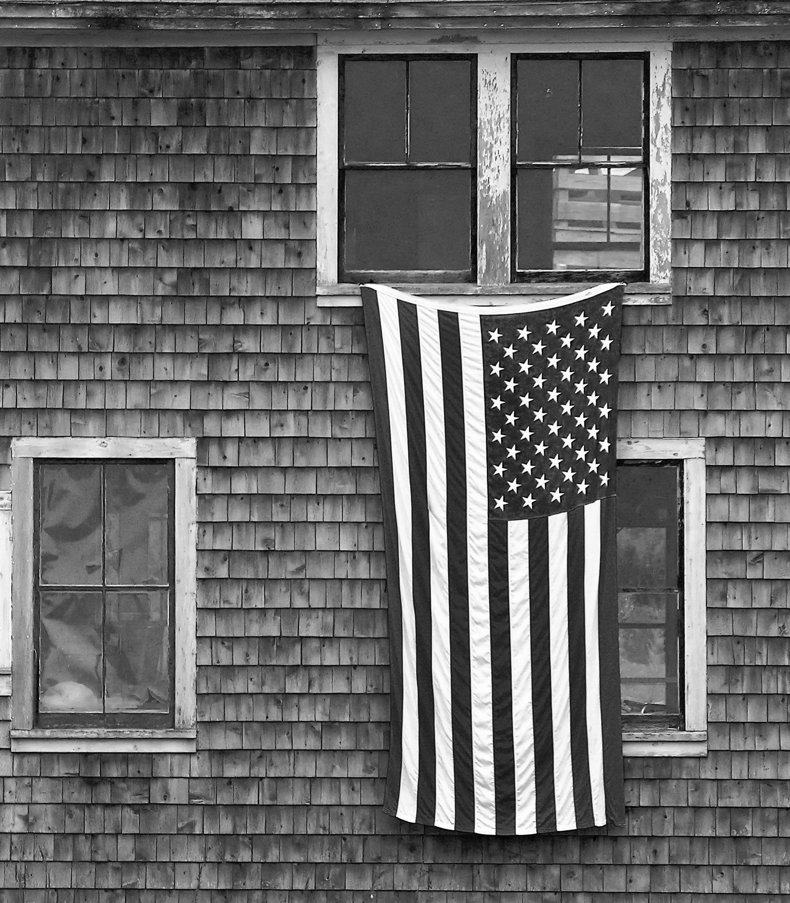 flag_maine_bw